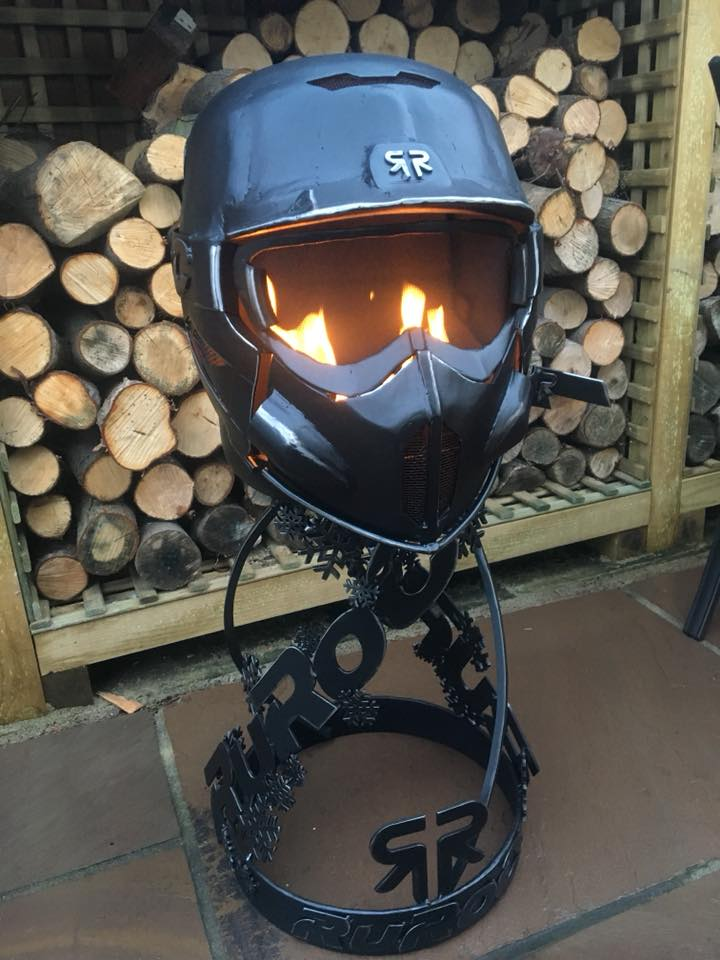 RUROC SNOWBOARD HELMET BURNER We were approached by Ruroc to design them a themed indoor bio-ethanol burner based on, with out a doubt the coolest looking snowboard helmets on the planet! Here's what we came up with....