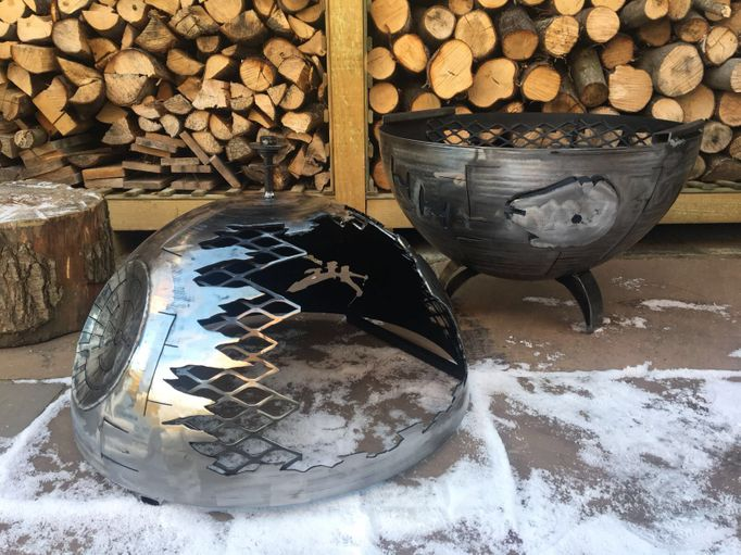 The Death Star Wood Burner 560mm