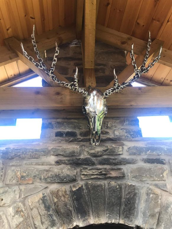 METALLIC STAGS HEAD